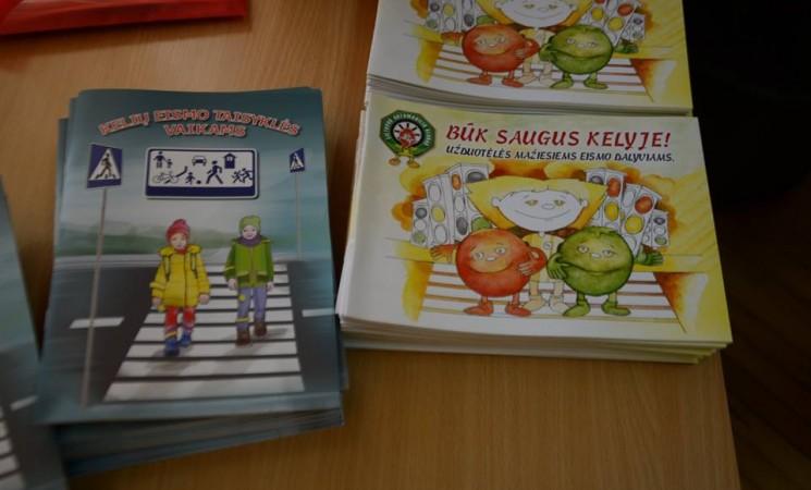 Saugaus eismo knygelės Marijampolės savivaldybės pirmokams ir ketvirtokams