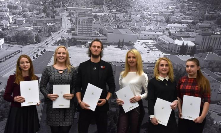 Savivaldybės stipendijos – Marijampolės kolegijos studentų skatinimui