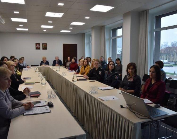 Konferencijoje aptarta vaikų teisių reforma Marijampolės apskrityje