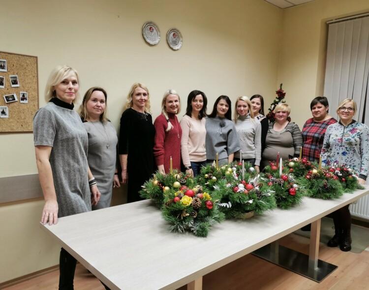 Kalėdinių vainikų ir dekoracijų gamyba
